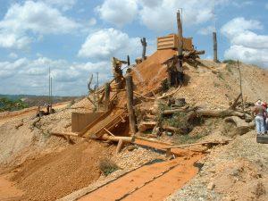 Huaypetue mine